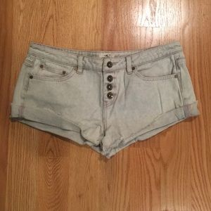 Low rise O'NEILL shorty short - NEVER WORN